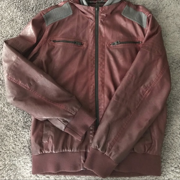GUESS MEN'S HOODED PIECED BOMBER JACKET